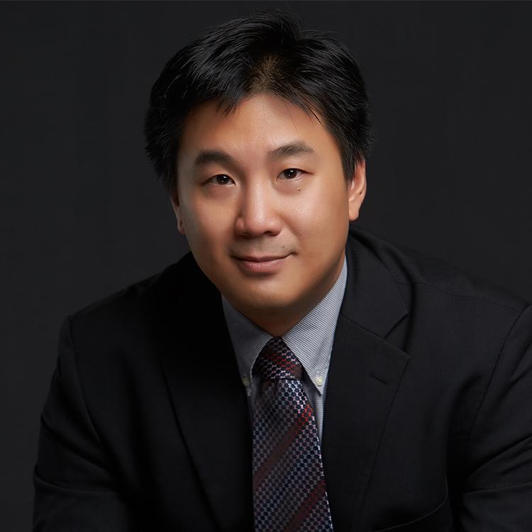 Chris Bai